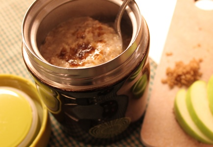 Fast and Fresh Breakfast Made With Organic Quick Oats